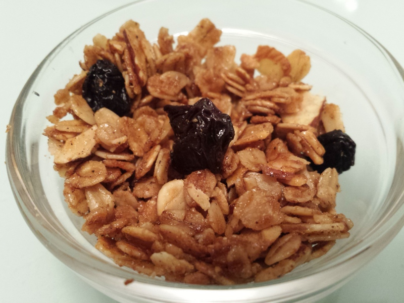Almondy Cinnamon Granola